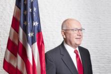 Amerikaanse ambassadeur Hoekstra ziet anti-Amerikanisme in Kabinet Rutte-III