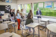 Politiek weekboek: Kamer zwaait drie leden uit