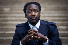 Rapper Akwasi wilde grachtenpanden opeisen als 'reparatie'