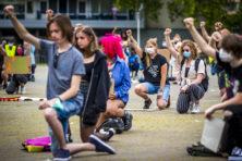 Racismedebat woedt voort met meldpunt, hate crime-wet en campagne Amsterdam