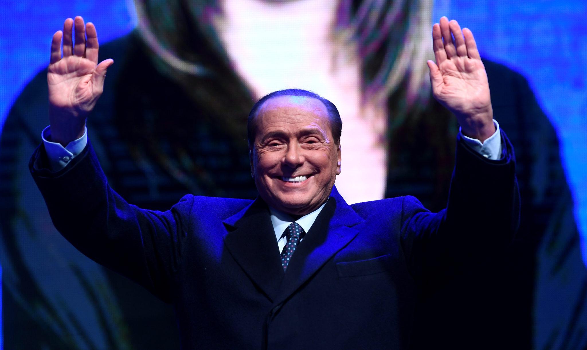 Nooit verandert in Italië iets: Berlusconi terug in centrum macht Rome én  EU - EW