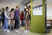 Scholen in coronatijd: bakens van rust of brandhaarden?