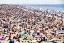 Stel reserveren voor het strand verplicht