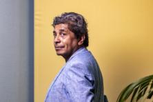 Rocky Tuhuteru: 'Ik ben van hier, maar ook van daar'