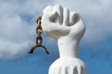 Opstand in Indonesië en op Curaçao begonnen beide op 17 augustus