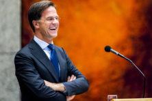 Met stroop en honing wil Rutte de oppositie verleiden