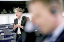 Paul Tang tegen de dino's van de PvdA