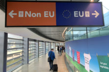 EU-flater: lidstaten laten criminelen en terroristen binnen