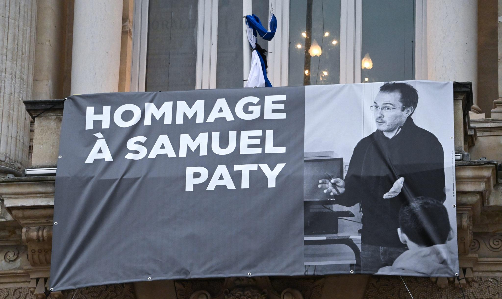 De onthoofding van Samuel Paty en het geweld van het wegkijken