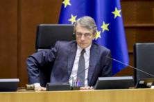 Hoe Parlement zich inkoopt in Brussel