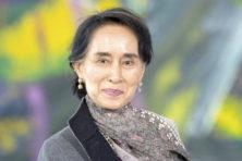 Aung San Suu Kyi: lang vereerd, nu verguisd