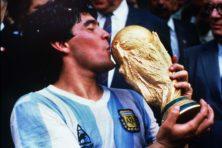 Fenomenale wendbaarheid van heupen en gedachten: Diego Armando Maradona