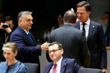 Europees conflict over coronaherstelfonds staat bol van hypocrisie