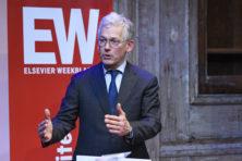 Philips-topman Frans van Houten geeft voorzet voor vlucht vooruit