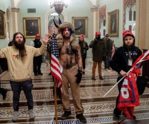 Aanhangers van president Donald Trump bezetten het Capitool