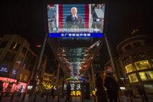 Biden moet Trumps beleid tegen dictatoriaal China voortzetten