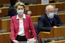 De Europese Unie bestrijdt eerder zichzelf dan de pandemie