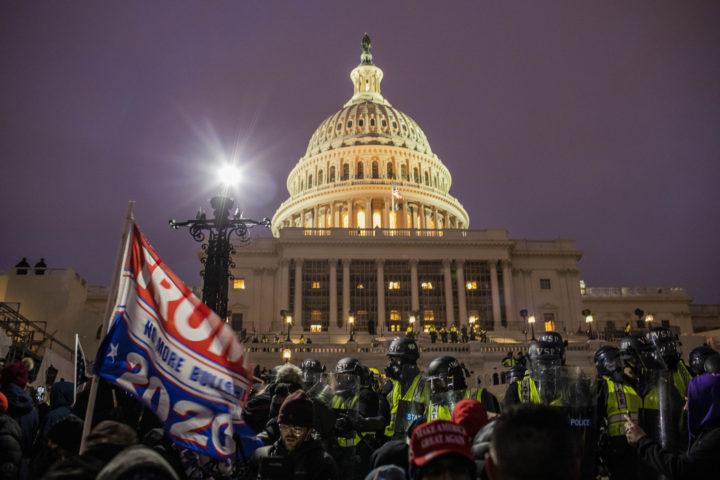 OPjutten menigte leidde tot impeachment-procedure