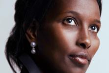 Bevlogen Ayaan Hirsi Ali bepleit in Prooi hervorming immigratiestelsel (***)