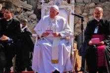 De paus en de reuzengraven in het Midden-Oosten