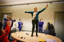 Geachte Sigrid Kaag: hoe spontaan was dat dansje nou?