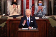 Joe Biden neemt afscheid van Reaganomics met groei 'van onderaf'