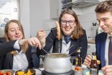 'Mijn gedachte bij de fondueset: doe eens gek'