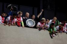 Ajax heeft dankzij Erik ten Hag ook komende jaren niets te vrezen
