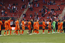 Modaal Oranje kan Nederland niet in hoerastemming brengen