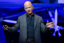 Geachte Jeff Bezos: wees een oprecht gulle ruimtevaarder