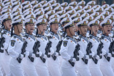 Henk Schulte Nordholt: 'We moeten ons niet uitleveren aan China'
