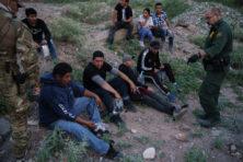 Migratiestroom naar Amerikaanse zuidgrens breekt record na record