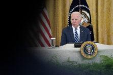 Joe Biden laat zichzelf en zijn land gijzelen door de Taliban