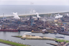 'Help, kanker uit de schoorsteen van Tata Steel!'