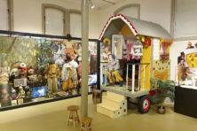 Het kijkbuiskinderengevoel in het 'o ja-museum'