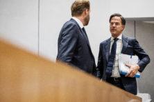 Coronacijfers lopen op, kabinet bijeen voor overleg: nieuwe maatregelen op komst?