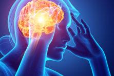 Wat je kunt doen tegen helse hoofdpijn